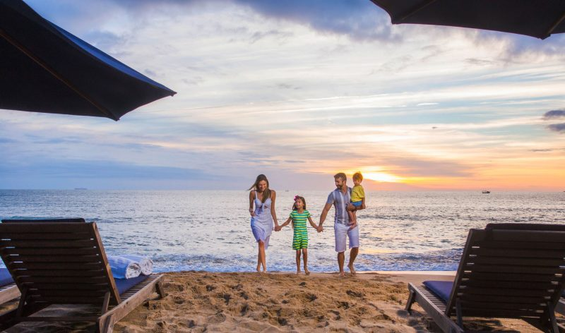 Réveillon no infinty Blue - Família na praia