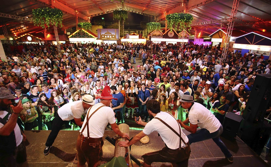 Oktoberfest onde se hospedar